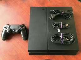 Sony playstation 4 500gb black new still new includes all cables