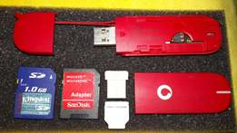 Vodafone modem + microSD adapter + mini usb SDreader & 1GB memorycard!