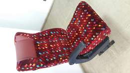 Executive recliner seat for shuttle