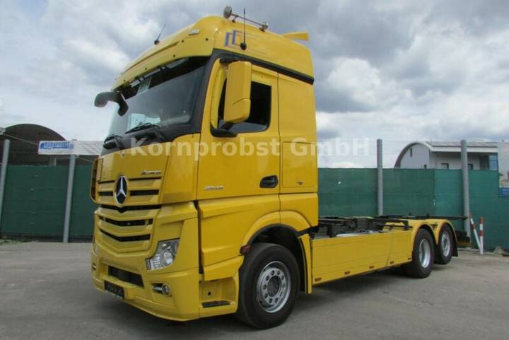 Mercedes-Benz 2545 6x2 - RETARDER - Nr.: 915 - 2014