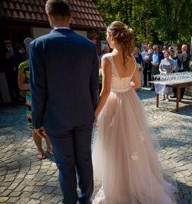 Svatební krajkové šaty s tylovou sukní - 38 0eebea47ba