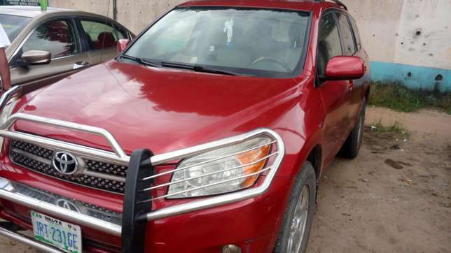 Extremely sound and neat 2007 RAV4 with factory chilling AC Warri South - image 3