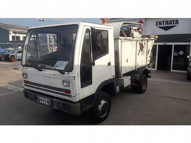 Bucher B 80 32 - 2000