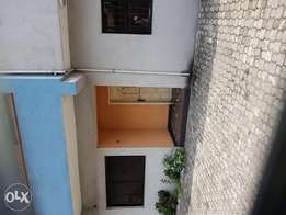 Extra big 2 bedroom flat in Peter odili road