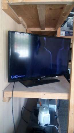 Samsung TV 32 inches Umoja - image 2