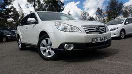 Fully loaded  2010 subaru outback 2.5cc petrol engine  automatic transmission