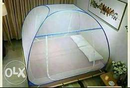 Foldable mosquito nets