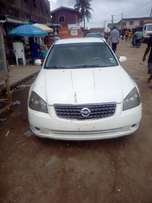 Very clean Tokunbo Nissan Altima