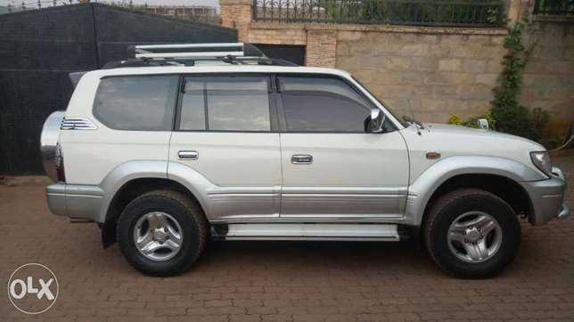 Prado TX Limited for sell Kampala - image 1