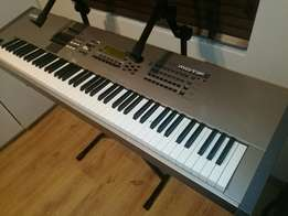 Yamaha motif 8 88 weighted keys