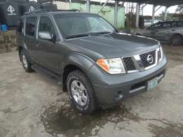 Very clean 2007 Nissan pathfinder