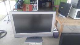 Toshiba 32 LED TV for sale