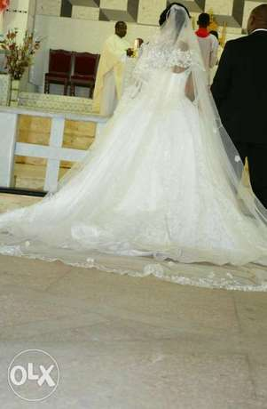 Princess wedding structured gown. Asaba - image 4