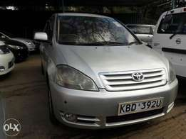 Toyota ipsum very clean alloys ,rear camera