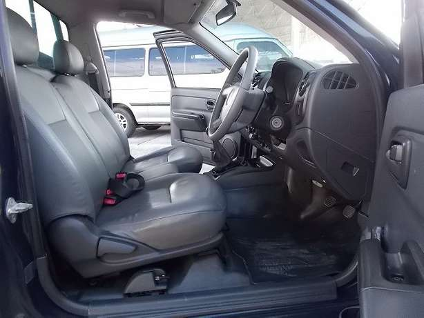 ISUZU DMAX year 2009, Diesel (choice of two units) Ruaka - image 7