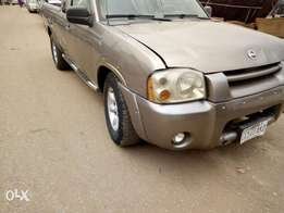 2005 registered Nissan frontier with good condition for sale