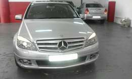 2010 Mercedes Benz Compressor C180, Color Silver, Price R191,500.
