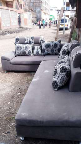 Wall to wall 7seater sofa Kasarani - image 2