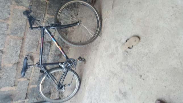 EX UK Bicycle Kariobangi South - image 3