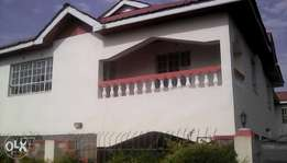 4 bedroom mainsonet with SQ for sale in Ongata Rongai Nkoroi area