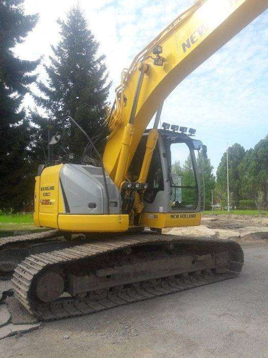 New Holland E235bsr-2 - 2011 - image 4