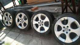 Golf alloys rims mags for gti