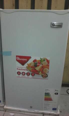 Single door small fridge for sale new and very clean Nairobi CBD - image 4