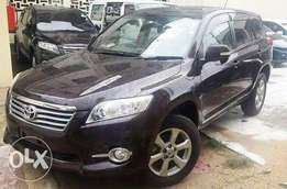 Toyota Vanguard 2010 Model 7 Seater with Sunroof Maroon KCP Ksh 2.39M