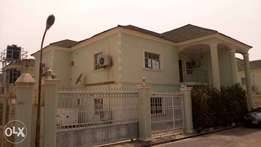 For sale 3bedroom semi-detached duplex well furnished in Mabushi Abuja