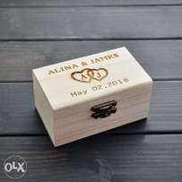 Rustic Personalized Wedding Ring Bearer Box - Perfect Giftbox