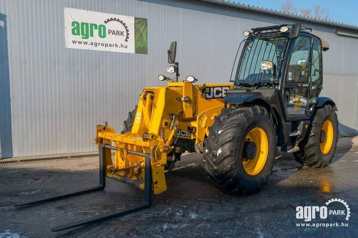JCB 550-80 Agri Plus (5954 Hours) 8 M Lifting Height - 2012