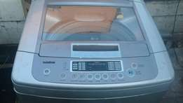 LG top loader 15kg in good working condition scratch a bit only