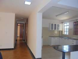 Executive modern spacious 3 bedroom apartment to let at Allsops