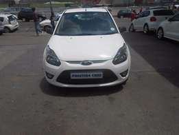 2012 Ford Figo 1,4 Hatchback R6900 White
