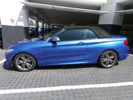 BMW - M240 Convertible Steptronic