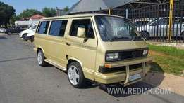 Vw Caravelle 2.6i Active for sale 25000