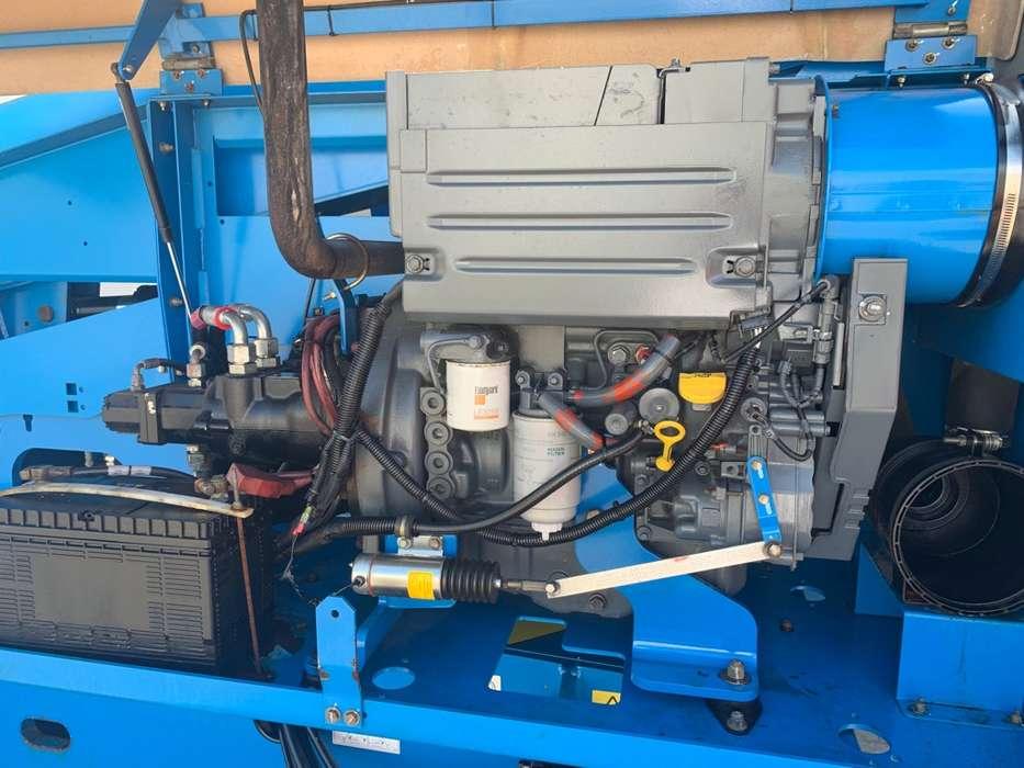 Genie S 45 4 WD hoogwerker - 2010 - image 16
