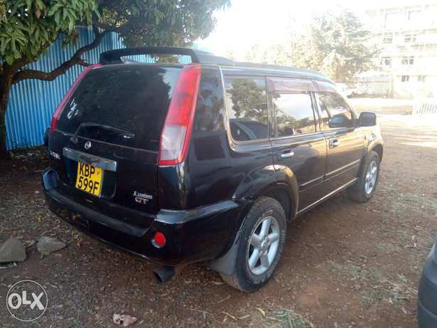 Nissan Xtrail Elgonview - image 3