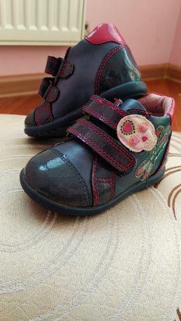 Шкіряні черевички для дівчинки!  210 грн. - Дитяче взуття Луцьк на Olx a33404c450df3