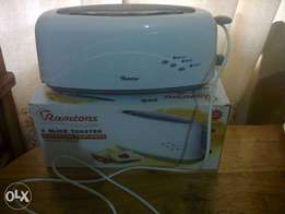 Ramtons Two Slice Bread Toaster.