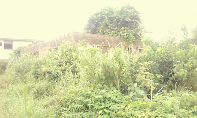 Uncompleted 4bedroom bungalow in newgarage Ibadan South West - image 2