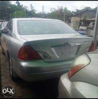 Clean Toyota avalon for sale..