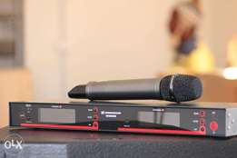 Wireless UHF Microphones