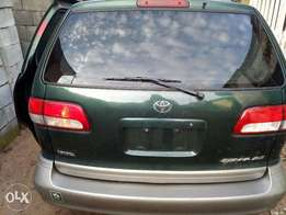 Super Sharp Toyota Sienna XLE 2002 Full-option/Tokunbo
