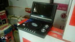 7.5 inches Portable DVD Player