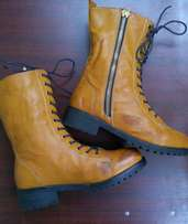 Clearance sale Ladies boots