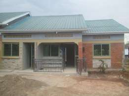 Brand new 2 bedroom house in Naalya at 600k