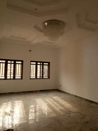 Standard brand new four bedrooms serviced duplex at diploma zone Abuja Abuja - image 3