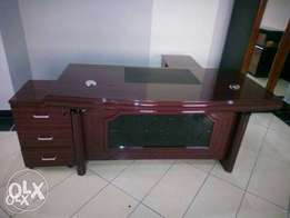 008 GR Executive Office Durable table (1.6mtr)