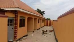 A good doubleroomed house in bweyogerere at 350k